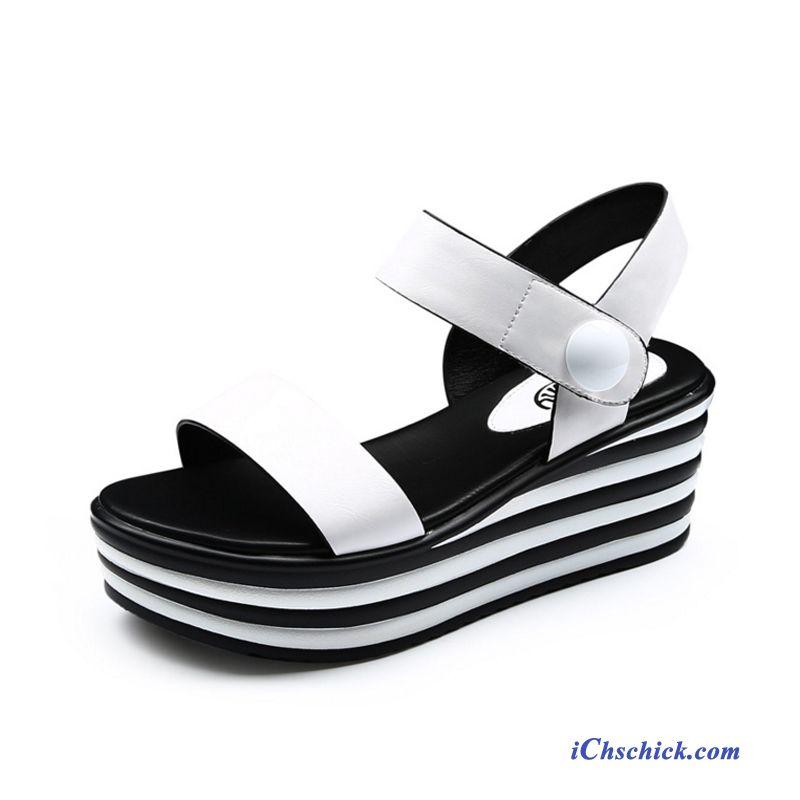 sports shoes ca930 c005f Sandalen Mit Weißer Sohle, Flache Sandalen Silber Günstig
