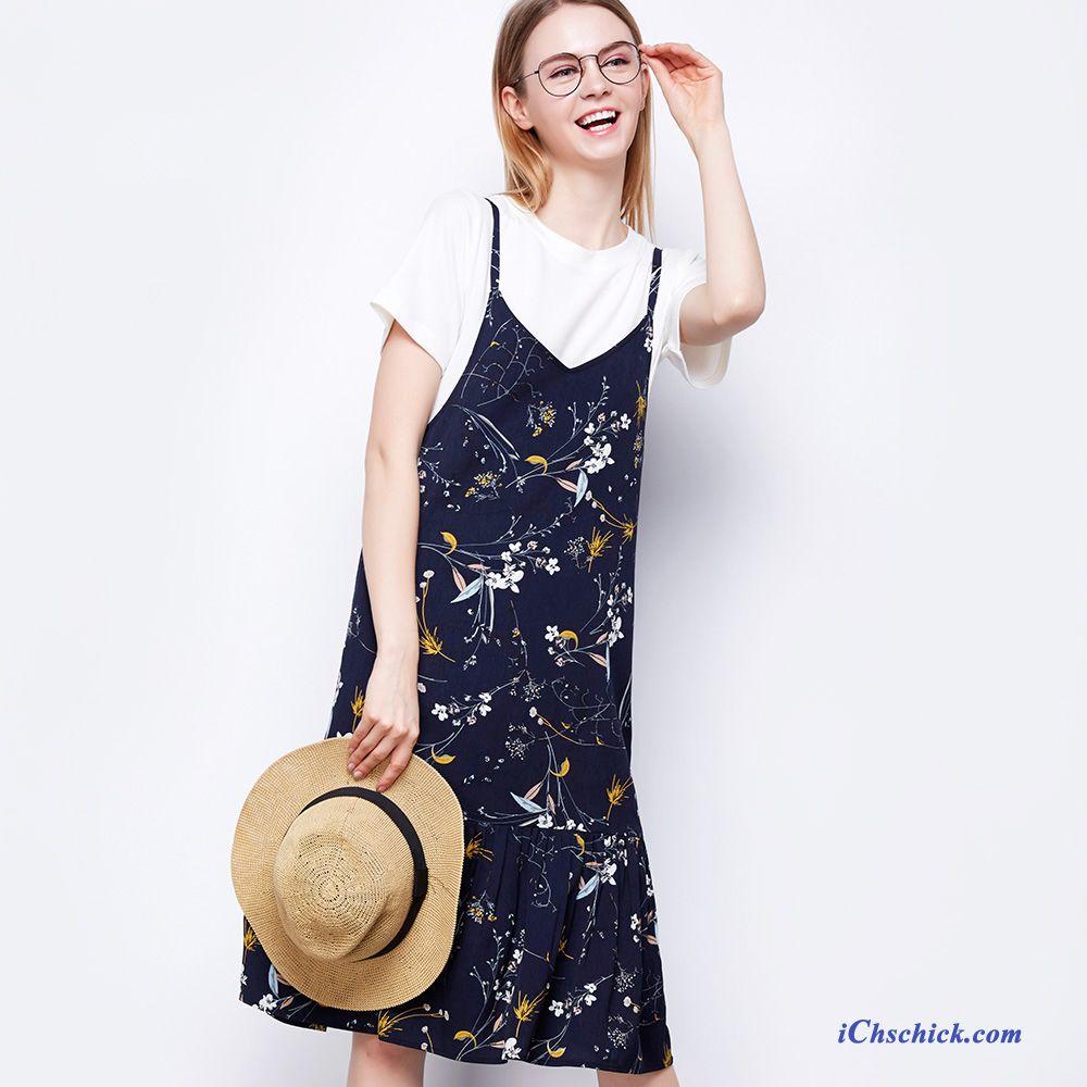 Lehne dich zurück und starte deine Shoppingtour durch unseren EMP Frauen Kleidung Online Shop. Dazu musst du nicht mal das Haus verlassen und kannst ganz bequem von zu Hause aus online einkaufen. Und keine Sorge: sollte dir ein Teil mal nicht gefallen, kannst du ohne Probleme alles an uns zurückschicken - einfacher geht's nicht, oder?.